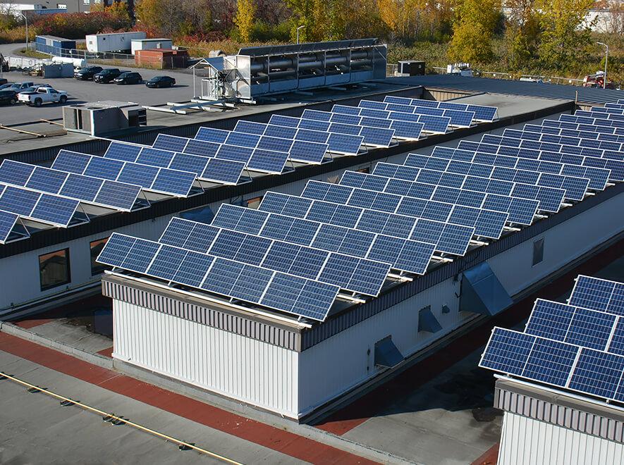 Le Groupe LML | Toits en panneaux solaires